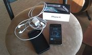 100% Brand New apple iphone 4 32GB Black